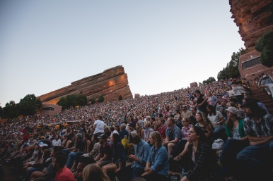 Red Rocks audience for Shook Twins, by Little Green Eyes Media